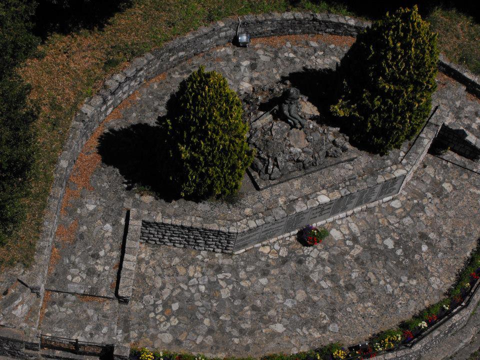 monumento ai caduti 4